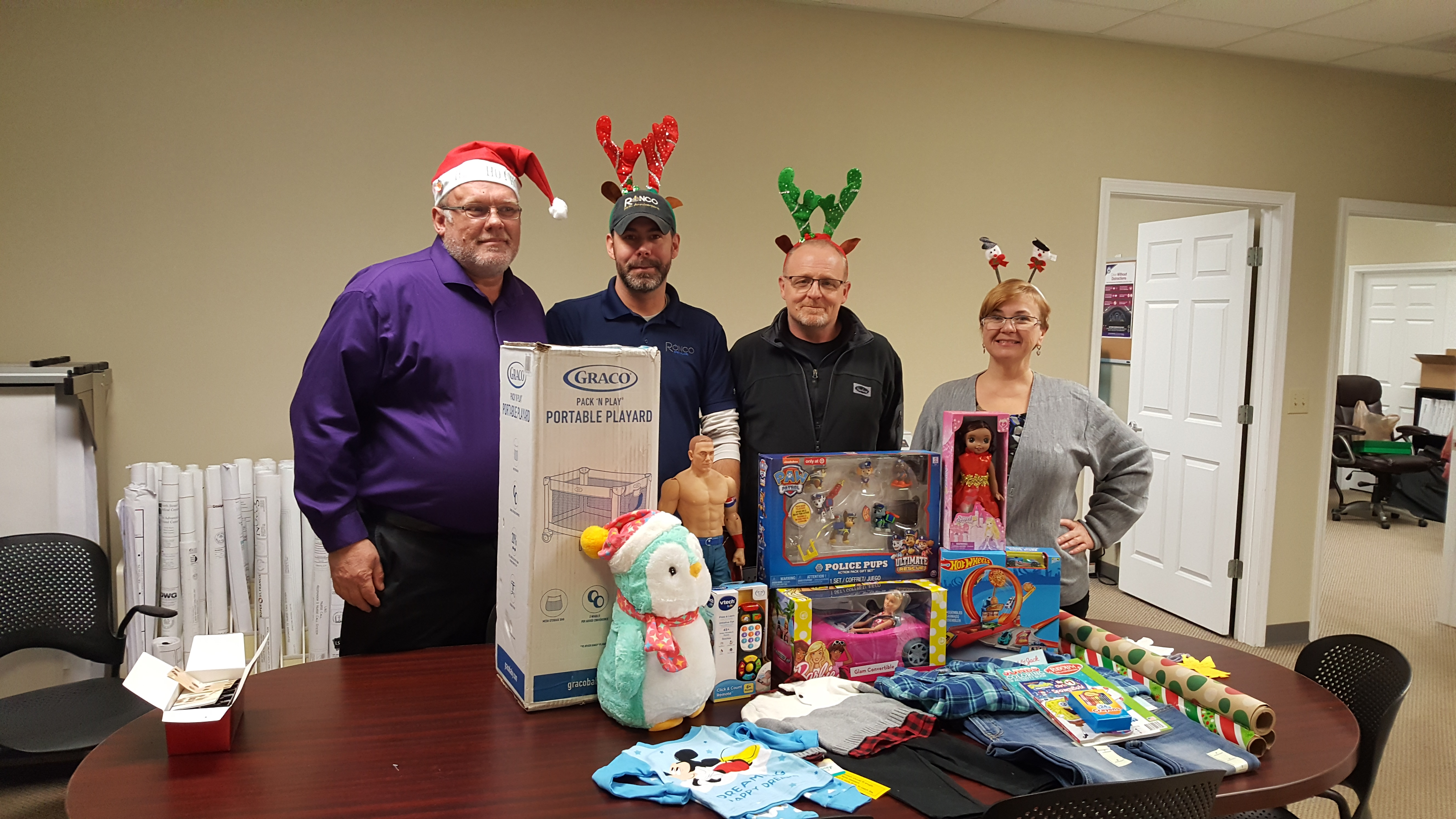 Ronco Charleston Office Gives Back